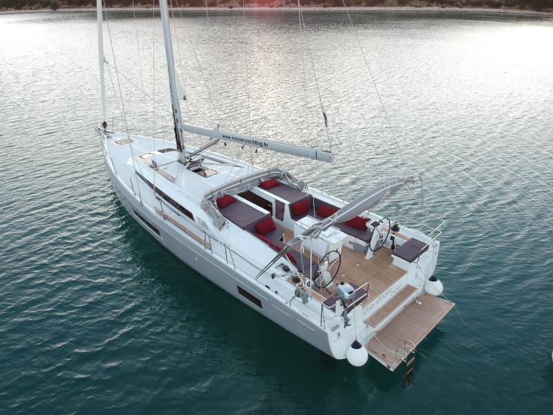Oceanis 51.1 (GREY GOOSE )  - 80
