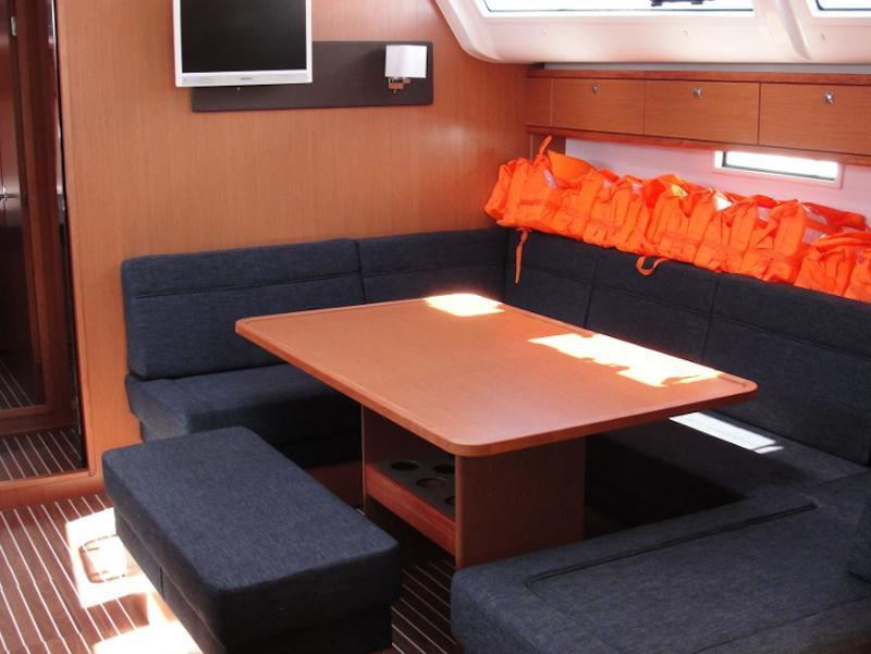 Bavaria Cruiser 51 (Sveti Ante) Interior image - 5