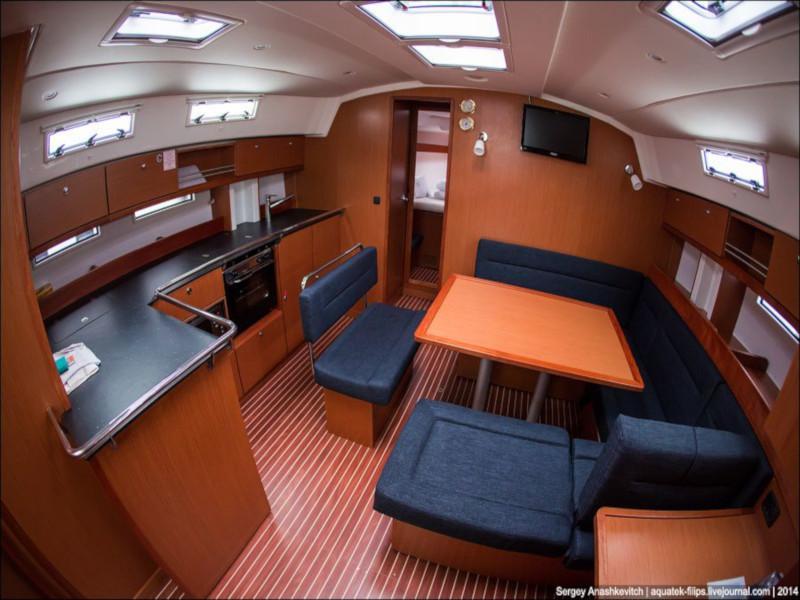 Bavaria Cruiser 45 (Šilo) Interior image - 3