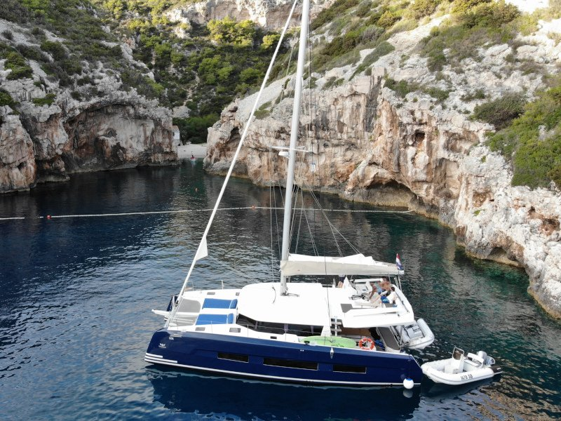 Dufour 48 Catamaran (NEW 1)  - 24