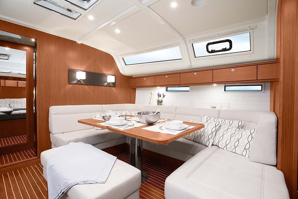 Bavaria 51 Cruiser (BAVARIA 51 CRUISER ) Interior image - 2