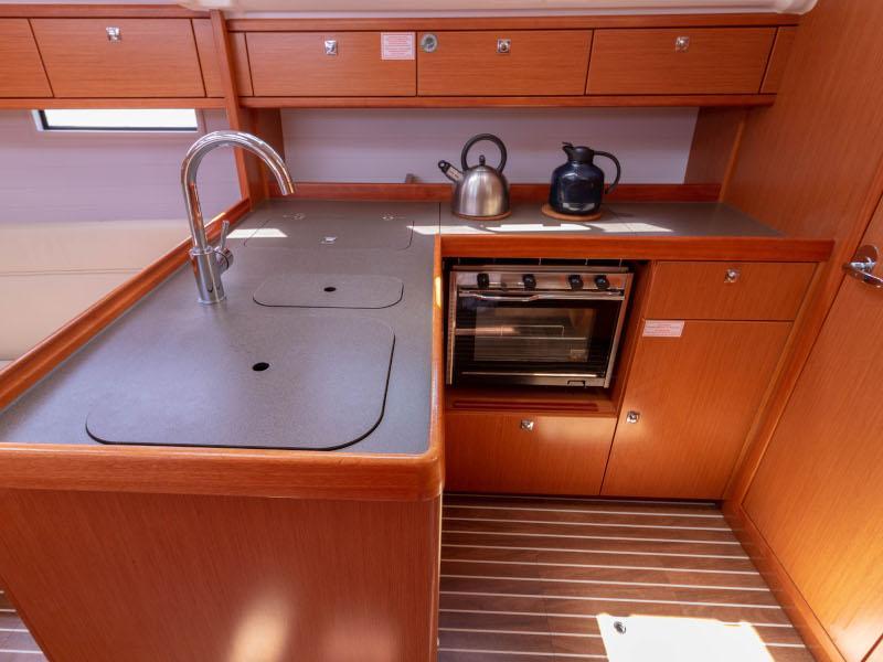 Bavaria Cruiser 37 (Sofia)  - 2