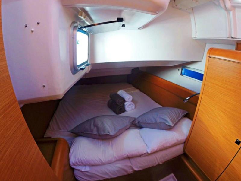 Sun Odyssey 439 (Esquitx) Port cabin - 8