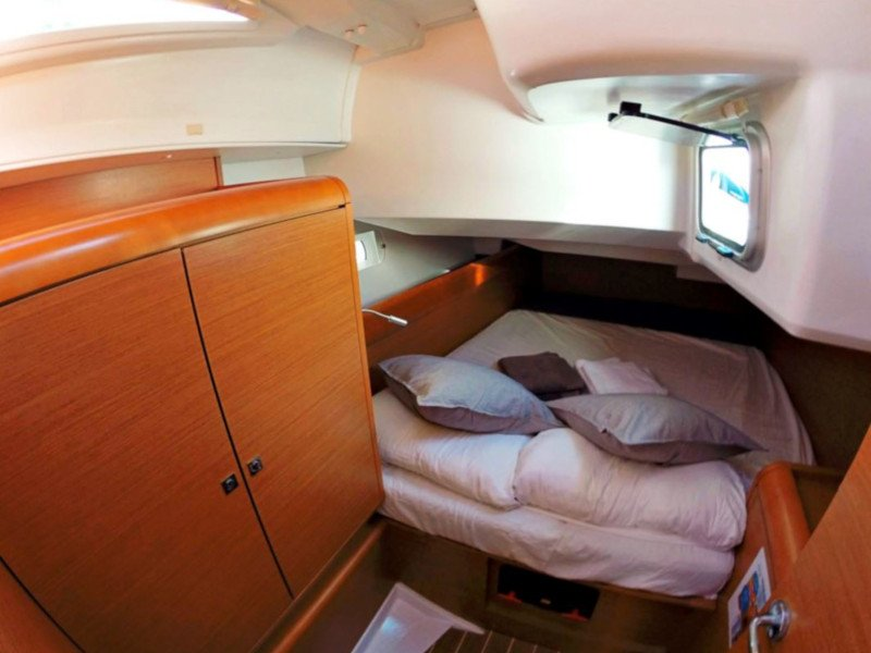 Sun Odyssey 439 (Esquitx) Starbord cabin - 26