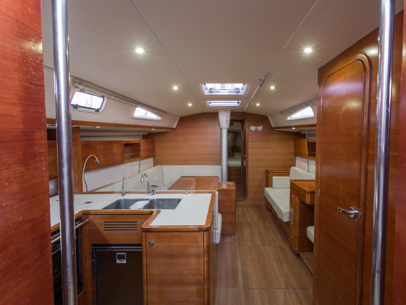 Salona 44 Performance (Daddy's Toy) Interior image - 1