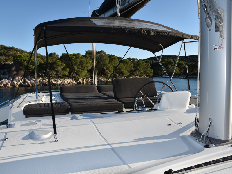 Lagoon 46 (NOTORIOUS AC all + generator + watermaker OB 20HP)  - 38