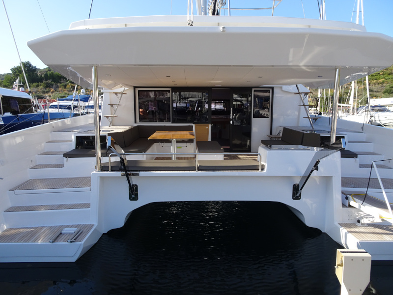 Dufour 48 Catamaran (SHU - BLUE HULL, AC+GEN., UNDERWATER LIGHTS)  - 13