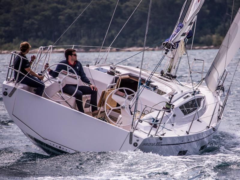Salona 380 (Frane)  - 12