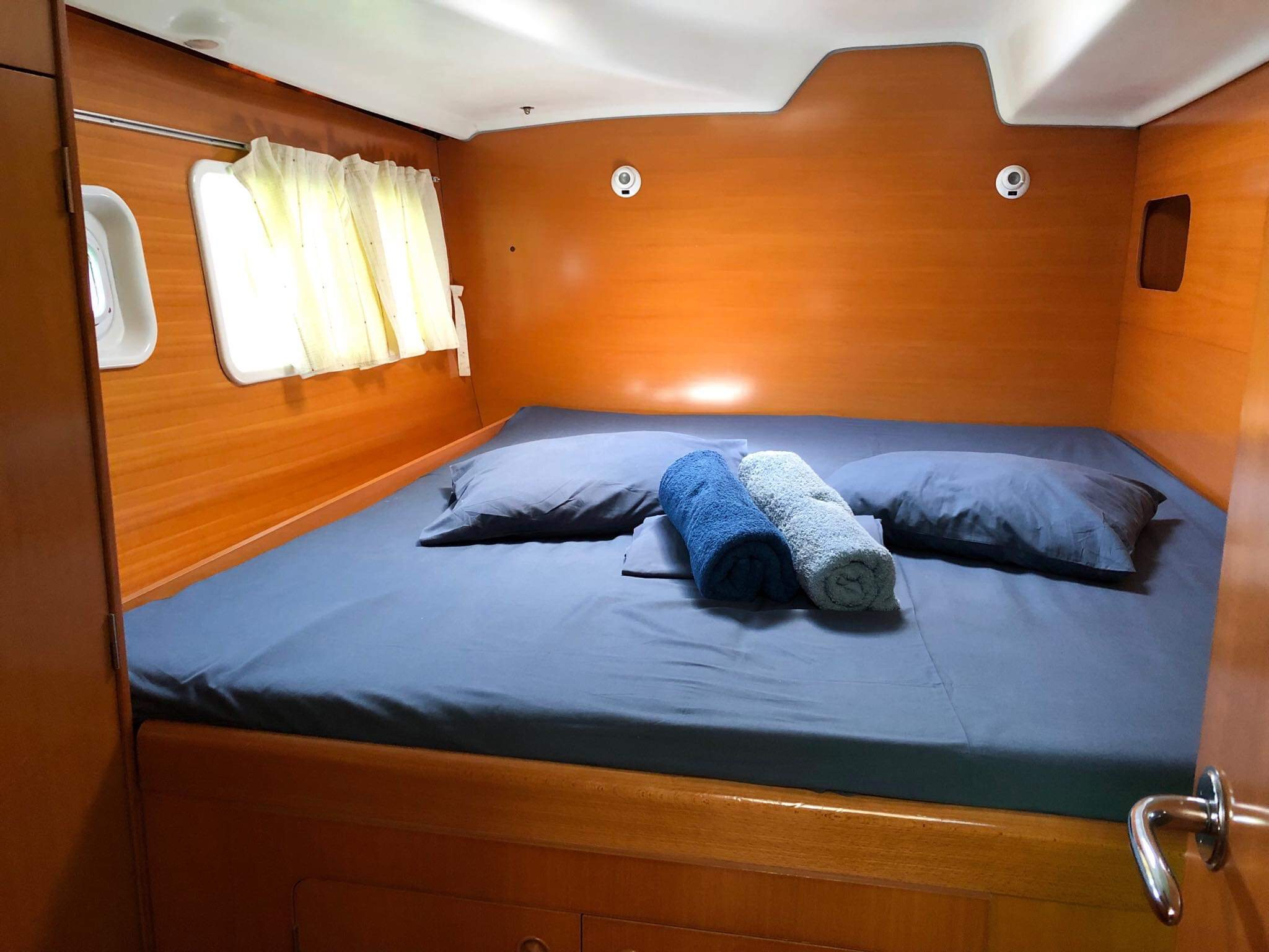 Lagoon 380 S2 (Lucky Seven (!!!from Monday, refit 2019)) Interior image - 6