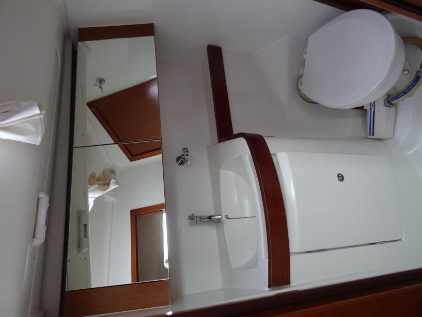 Oceanis 40 (Arion/Refitted 2016) Toilet - 4