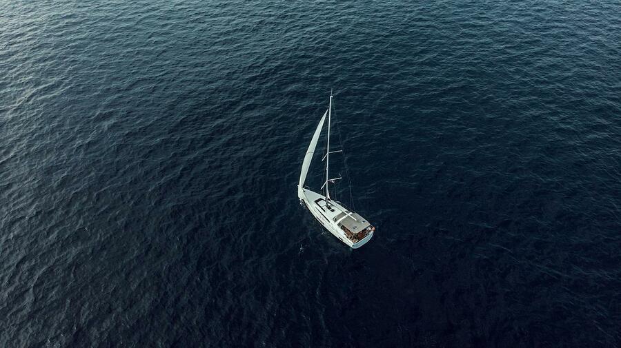 Oceanis 46.1 (Kismee (FREE WIFI))  - 20