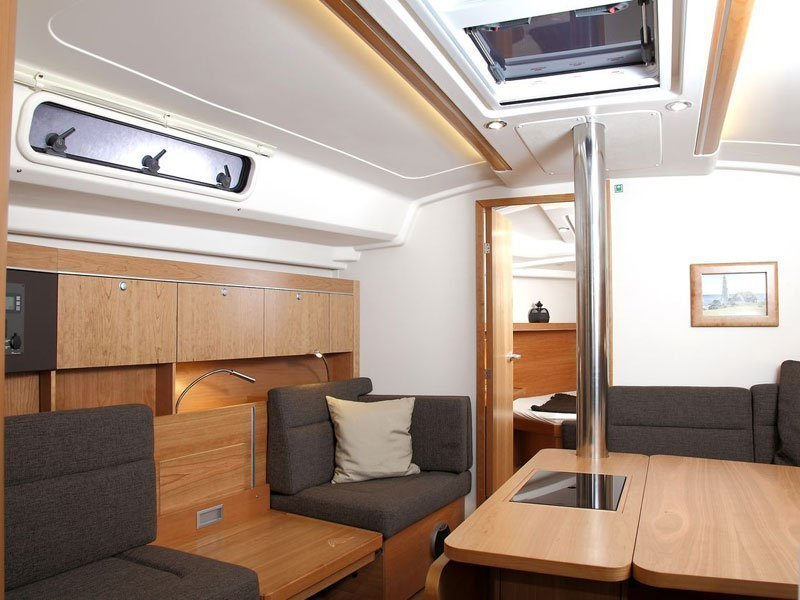 Hanse 415 (Marina Spirit Two) Interior image - 10