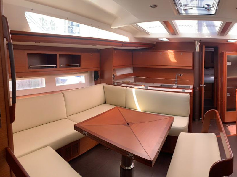 Dufour 56 Exclusive (Magic Planet) Interior image - 1
