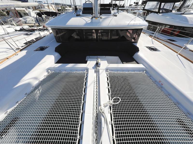 Lagoon 450 F (OLIVER AC salon + generator + watermaker + OB 20HP)  - 1