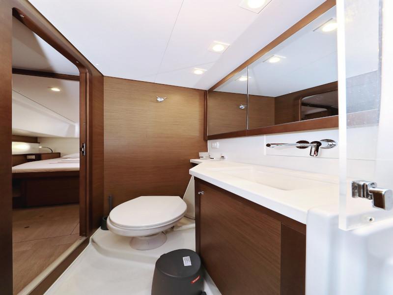 Lagoon 450 F (OLIVER AC salon + generator + watermaker + OB 20HP)  - 62