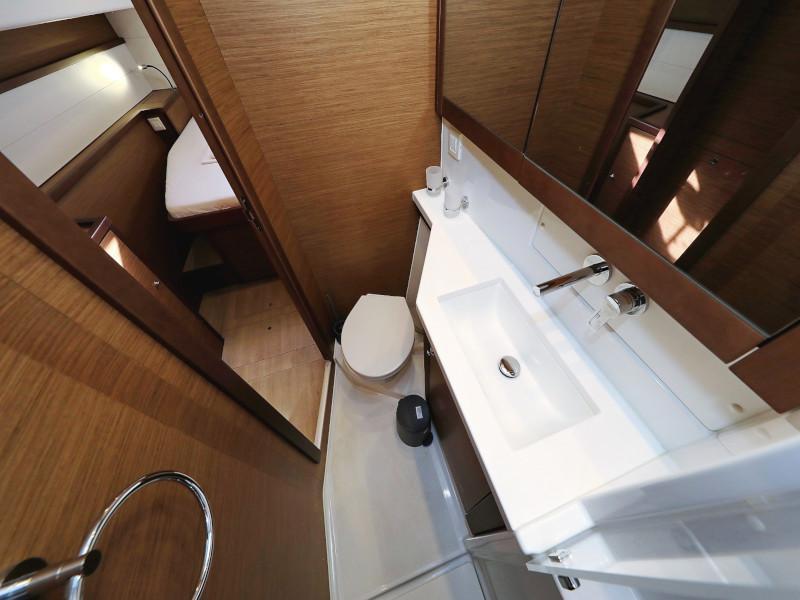 Lagoon 450 F (OLIVER AC salon + generator + watermaker + OB 20HP)  - 15