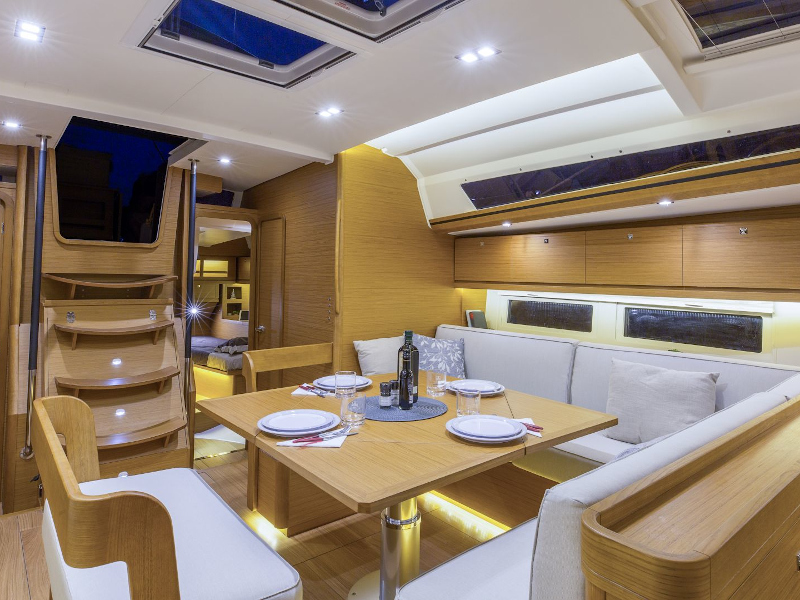 Dufour 520 Grand Large (Sunshine Planet) Interior image - 2
