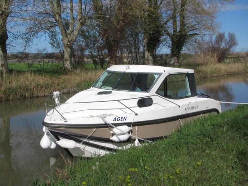 Sedan Primo (FLEURAC FR)  - 2