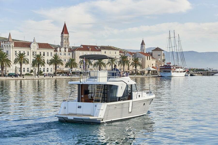 Beneteau Swift Trawler 30 (Odysseus)  - 2