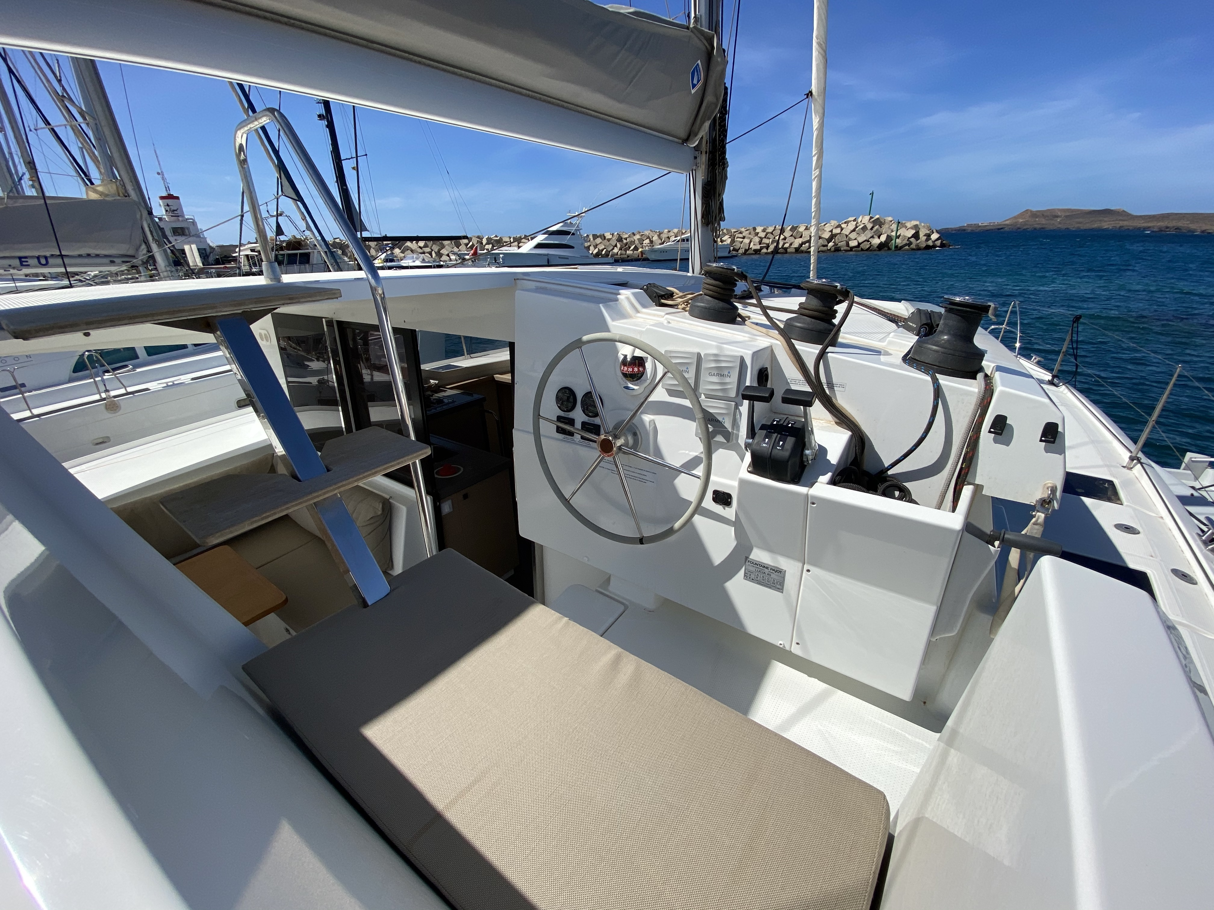 Lucia 40 (Aquila (!!!!from Monday!))  - 50