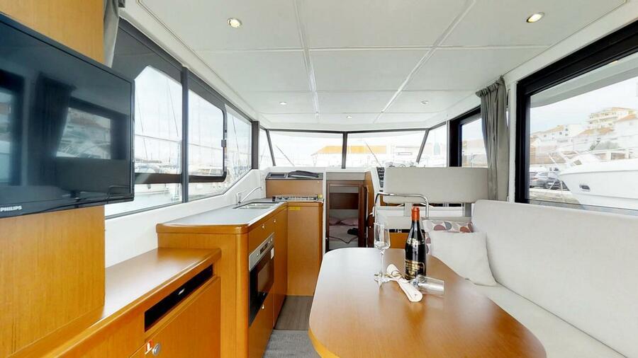 Beneteau Swift Trawler 30 (Odysseus)  - 12