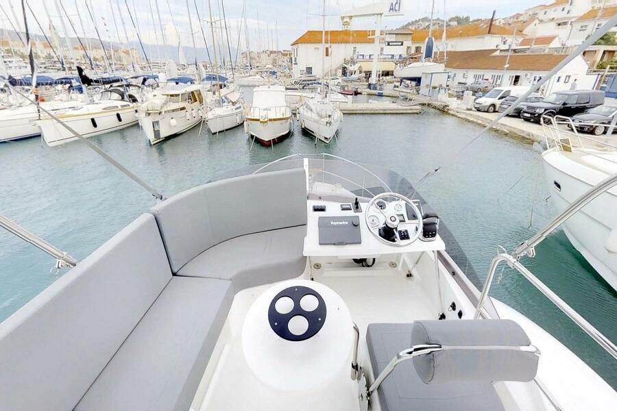 Beneteau Swift Trawler 30 (Odysseus)  - 17