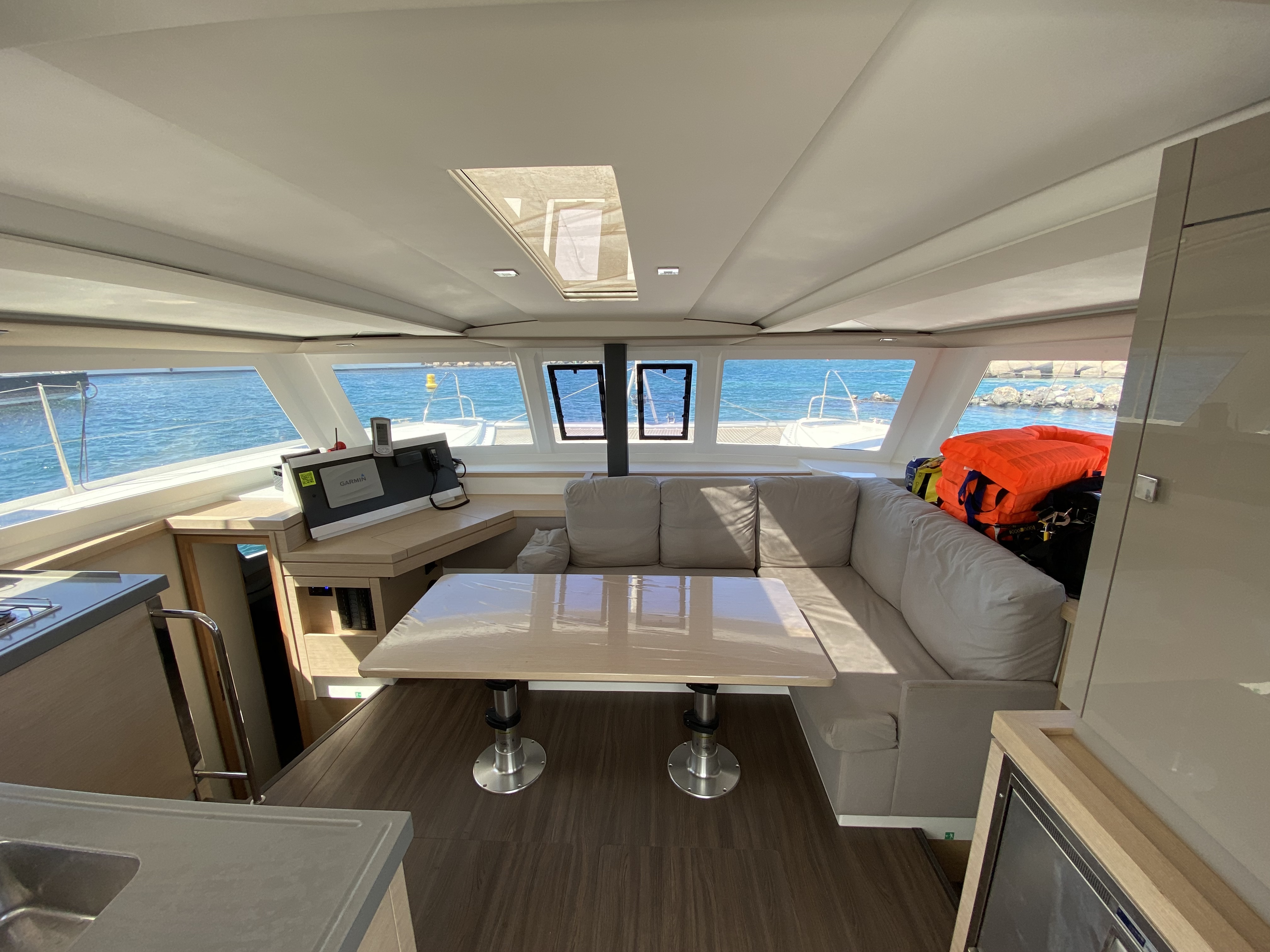 Lucia 40 (Aquila (!!!!from Monday!)) Interior image - 31