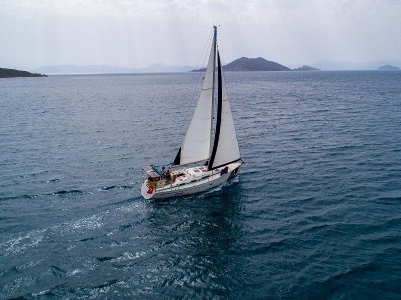 Bavaria 38 Cruiser (Mavi Ada)  - 2