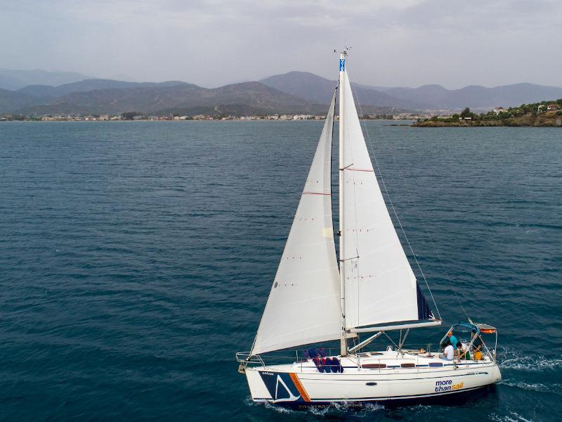 Bavaria 38 Cruiser (Mavi Ada)  - 4