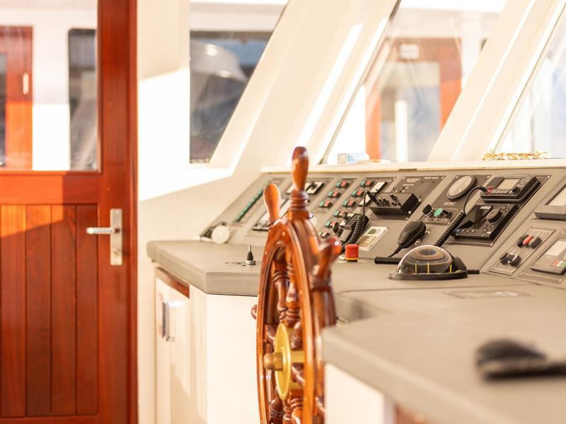 Motoryacht (Yolo)  - 1