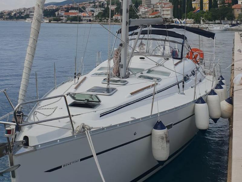 Oceanis 393 Clipper (Orion (Full Refit 2020, New Sails, Ice maker))  - 12