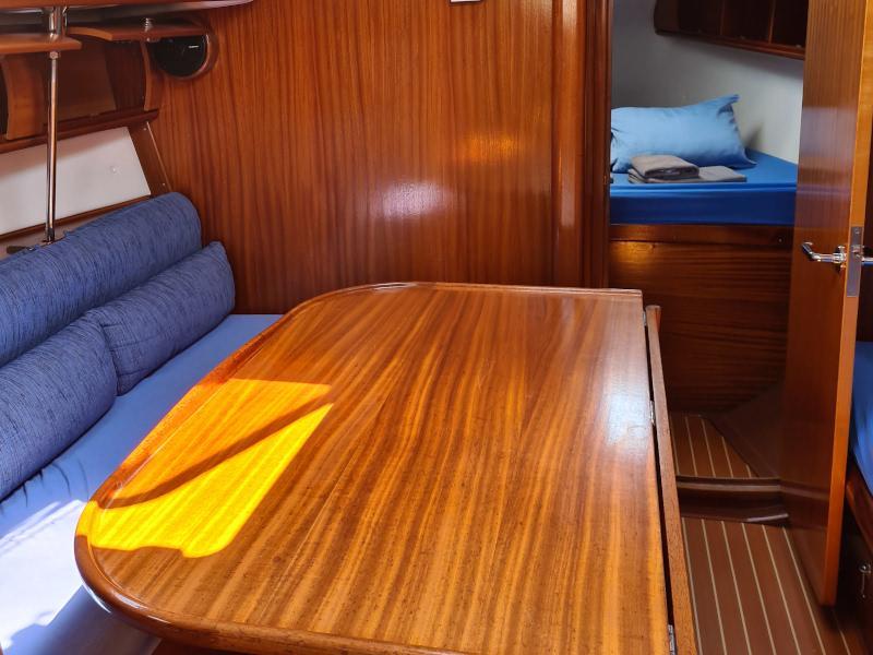 Bavaria 46 Cruiser-3 (Barbados) Interior image - 3