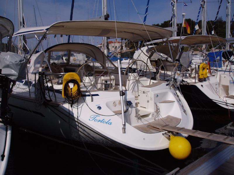 Bavaria 49 (Tortola)  - 1