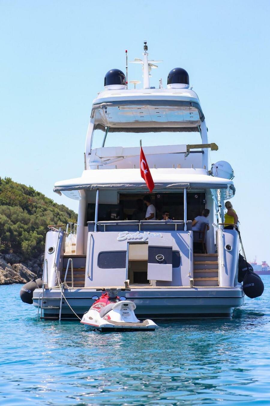 Erdogan (28M Deluxe Bilgin Motoryacht )  - 14