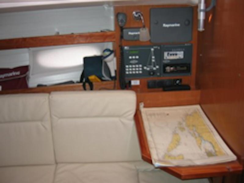 Bavaria 35 Cruiser (Salsa) Interior image - 2