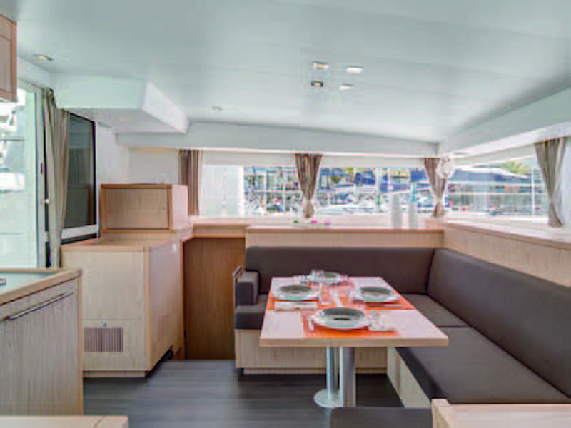 Lagoon 400 S2 (IRIS (skippered only)) Interior image - 5