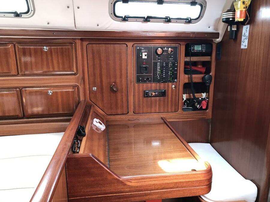 Bavaria 42 Cruiser 2000 (Dita)  - 1