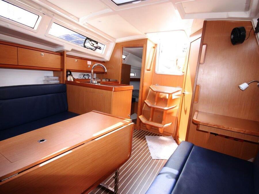 Bavaria 33 Cruiser (Fei Jian)  - 4