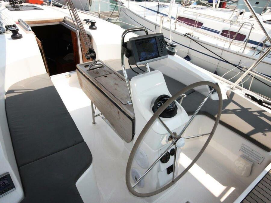 Bavaria 33 Cruiser (Fei Jian)  - 3