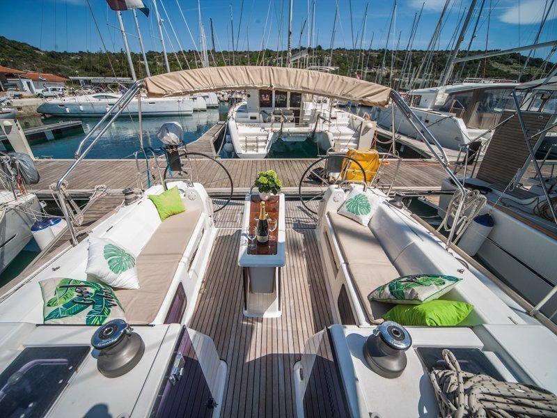 Dufour 410 Grand Large (MISTRAL new sails 2018)  - 17