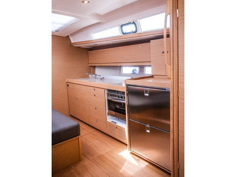 Dufour 460 Grand Large (MADICKEN 2018+AC)  - 18