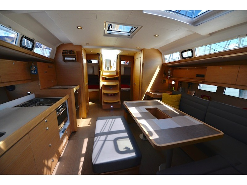 Dufour 460 GL (Divina) Interior image - 1