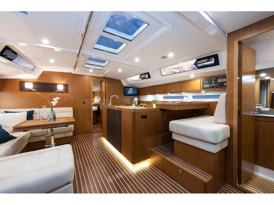 Bavaria Cruiser 56/ 3 cabins (Beising) Interior image - 4