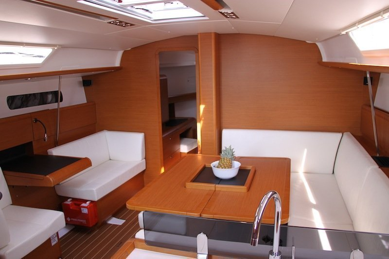 Sun Odyssey 439 owner version  (MADAME) Interior image - 22