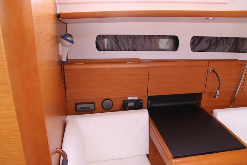 Sun Odyssey 439 owner version  (MADAME)  - 10