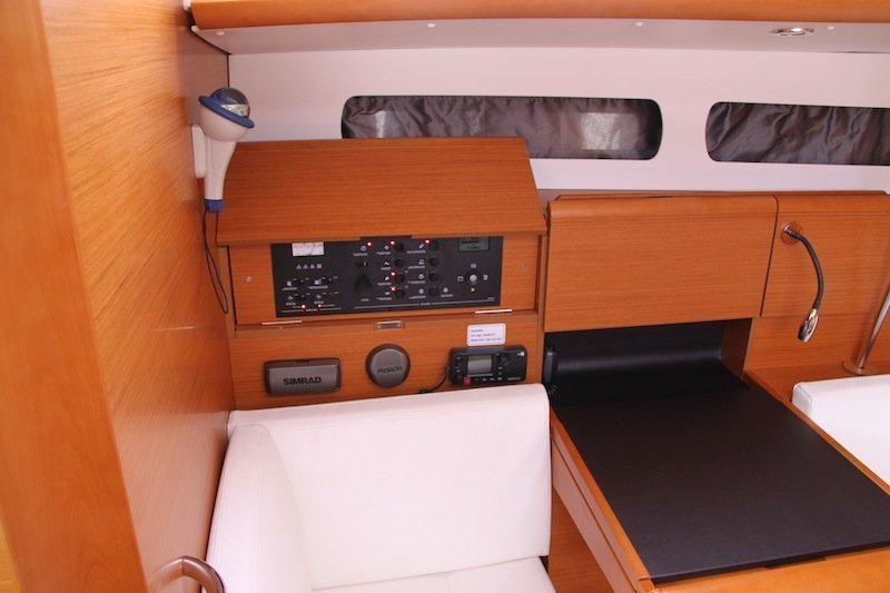 Sun Odyssey 439 owner version  (MADAME)  - 19
