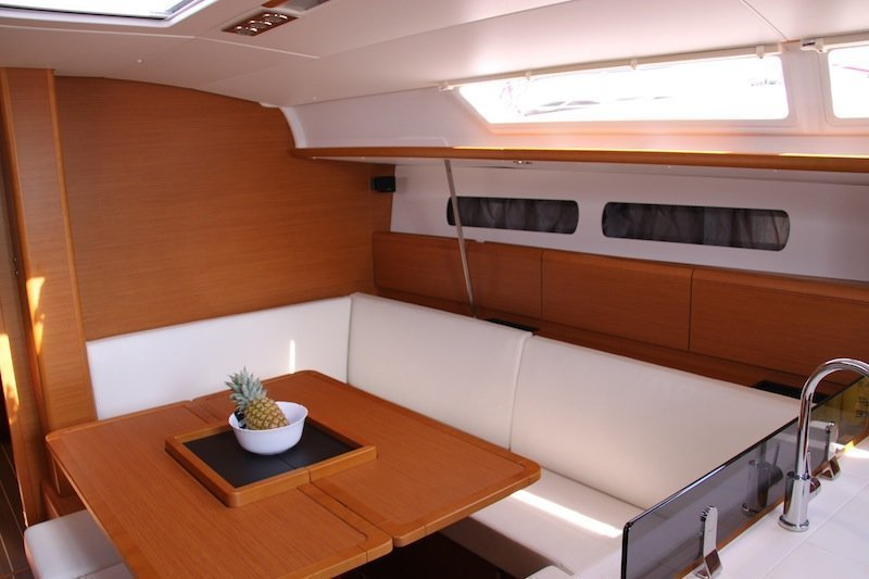 Sun Odyssey 439 owner version  (MADAME)  - 1
