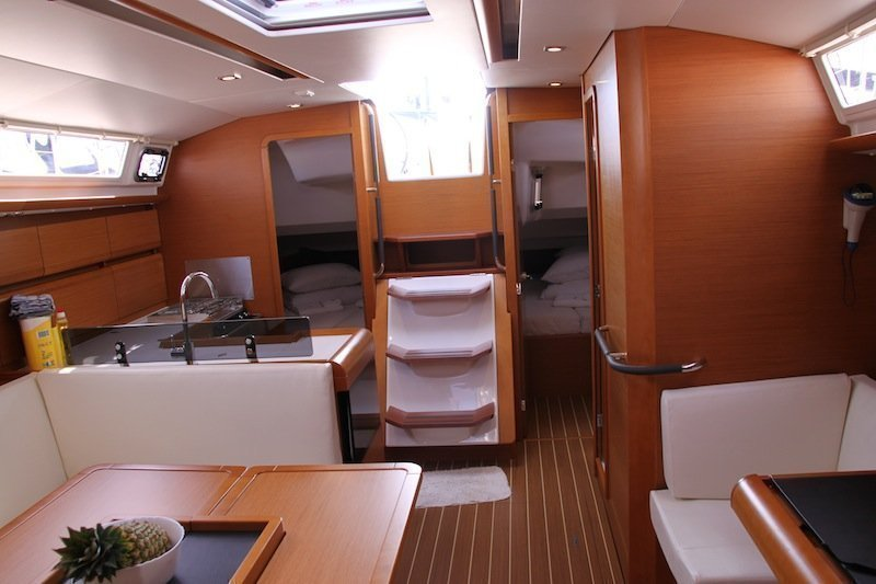 Sun Odyssey 439 owner version  (MADAME)  - 9