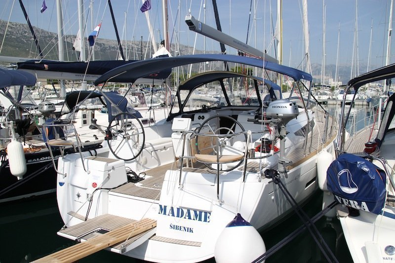 Sun Odyssey 439 owner version  (MADAME)  - 21