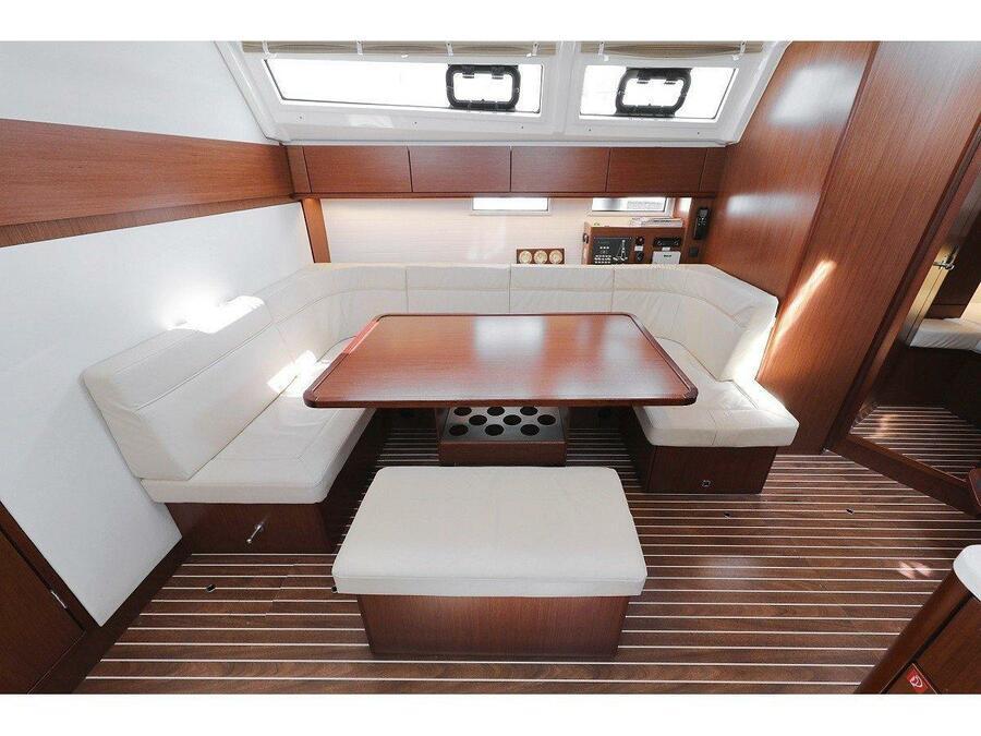 Bavaria Cruiser 46 Style (Grand Slam) Interior image - 3
